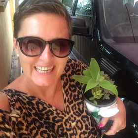 Karen @www.awesomefamilyholidays.com.au