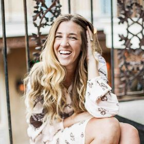 Kelsey Chapman | Social Media Tips + Business Strategy | Advocate for  Work/Life Balance | Podcaster
