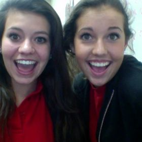 Brooke y Claire Spanish 3