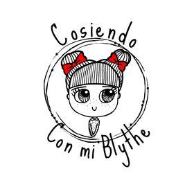 Cosiendo Con Mi Blythe by Olga