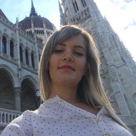 Paula Cenusa