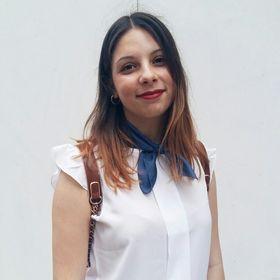 Στέλλα Τσάρα