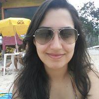 Lívia Bernardes