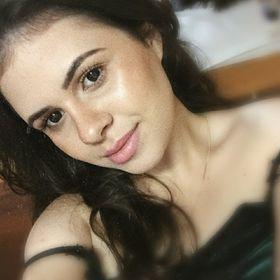 5332c3c8d Mariana Moreira Alves Dias (marianamad_mari) no Pinterest