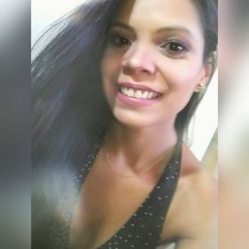 Julianna Navarro