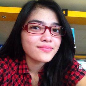 Nadia Sumolang