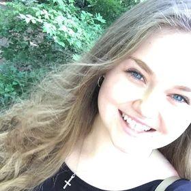Emily Skye Macdonald