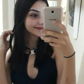 Júlia Amandio