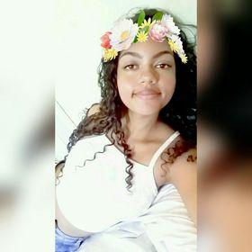 Thalita Arcarde