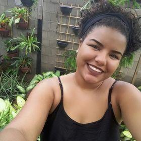Camila Miranda Machado