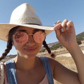 Eleni Papanastasiou