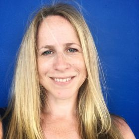 Nicola Burke of Jetlag & Mayhem (Family Travel Tips, Hotel & Travel Product Reviews)