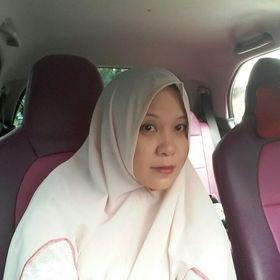 Rina Indri