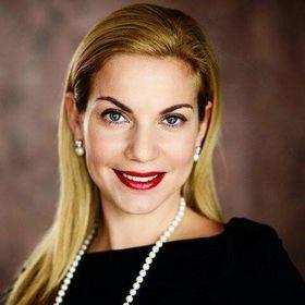 Eva Alvarado