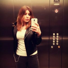 Zeynep Ezgi