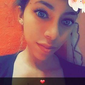 Ismenia Medina