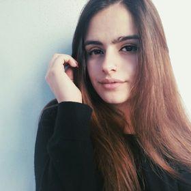Helena Brilhante