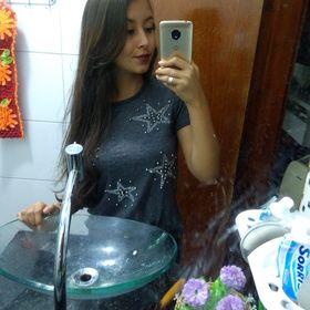 Adrielly Alves