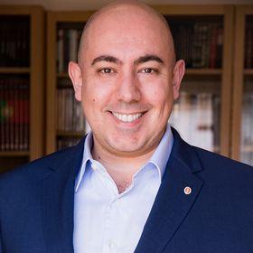 Luis Cruz