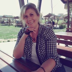 Emine Aksu