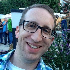 Dominik Moldenhauer