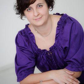 Cecília Simon