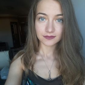 Nóra Tóth