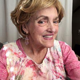 Christine Maynard