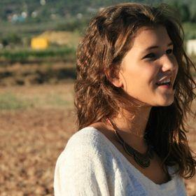 Nuria Larruy