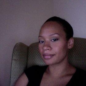 Nicole@Nailodocious