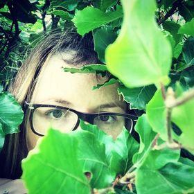 Amanda / Writer / Blogger