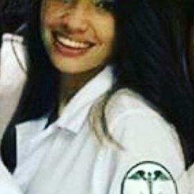 Thaina Camila