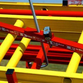 Hook-Um Dano Ladder locks