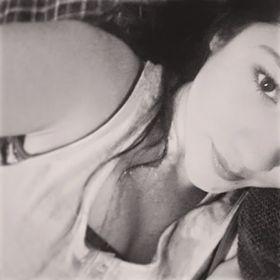 Andrea Linares