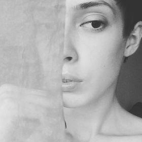 Hustea Cristina