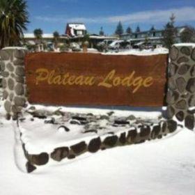 Plateau Lodge & Shuttles