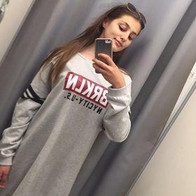Alexia Laza
