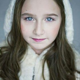 Дебора-Джулия