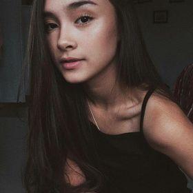 Vivian Abelina