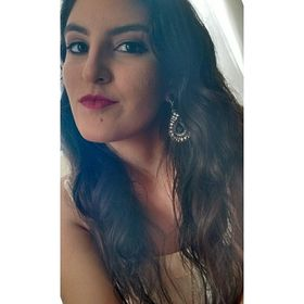 Letícia Araujo