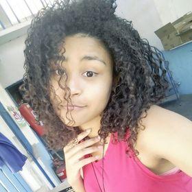 Sthephanie Martins || Uma GarotaDivergente || Beleza & Dicas em geral