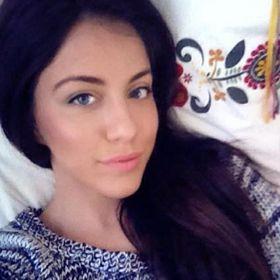 Alexandra Mera