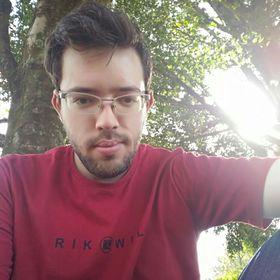 Adriano Monteiro