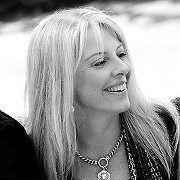Lynda Bell