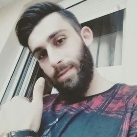 Θοδωρής Χαραλαμπίδης