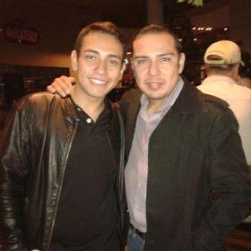 2755aed3a6 Julio Contreras (julesmocont) on Pinterest