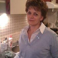 Zsuzsa Katatics