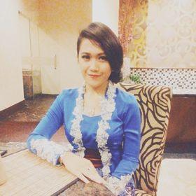 Riza Rhistiara
