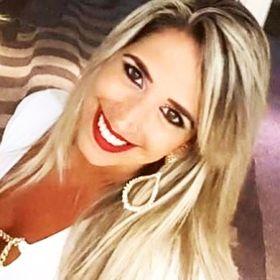 Camila Mattos