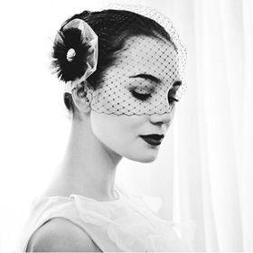 e-svatební šaty
